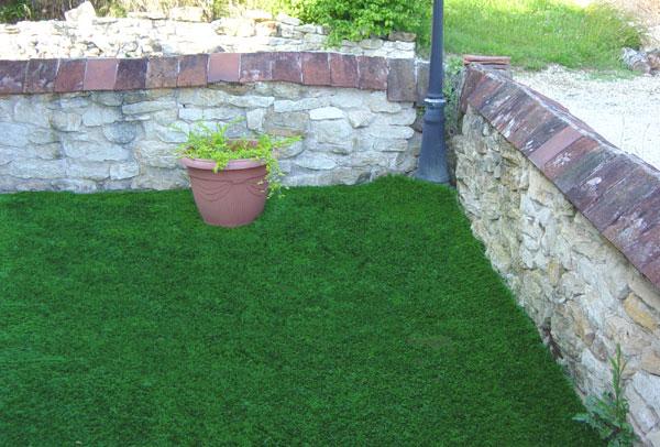 beaux gazons photos 37 du gazon synth tique la belle pelouse artificielle pour jardin balcon. Black Bedroom Furniture Sets. Home Design Ideas